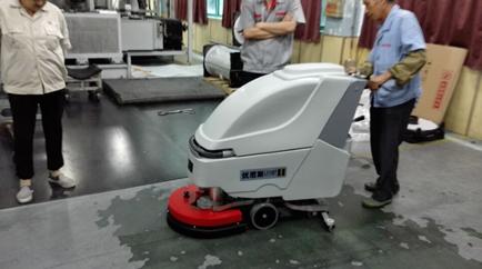 宏广电器续订第4台优尼斯洗地机