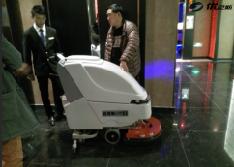 【苏州】园区KTVzui受欢迎的   手推式洗地机