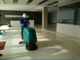 为什么很多洗地机用户  衷爱优尼斯工业洗地机