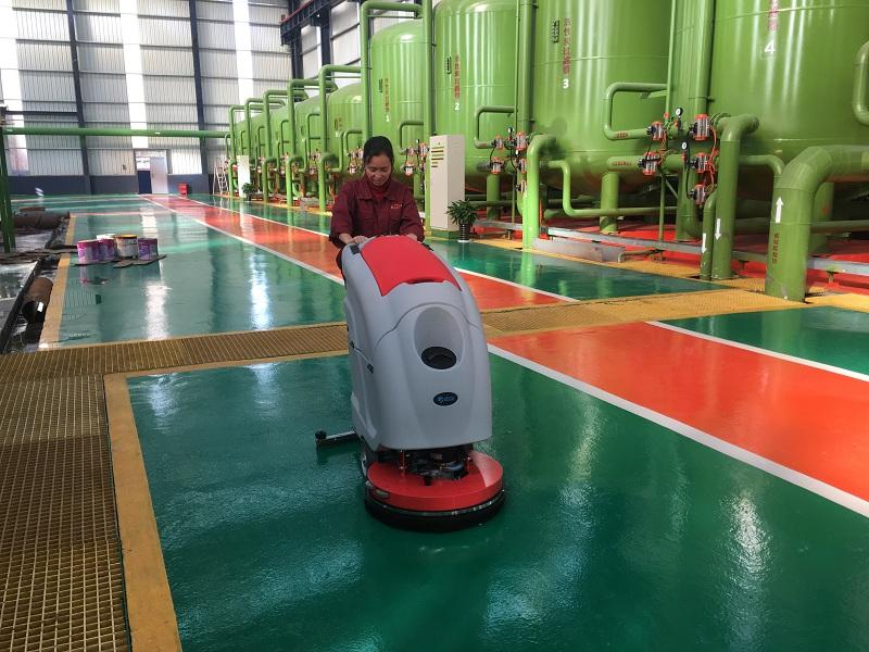 丹阳新厂房只选优尼斯全自动洗地机