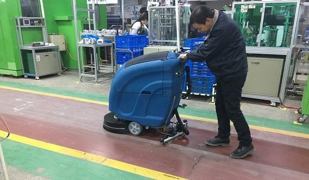慈溪商场选择什么样的洗地机?