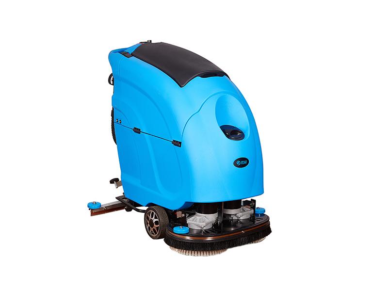 优尼斯L600BT双刷全自动洗地机
