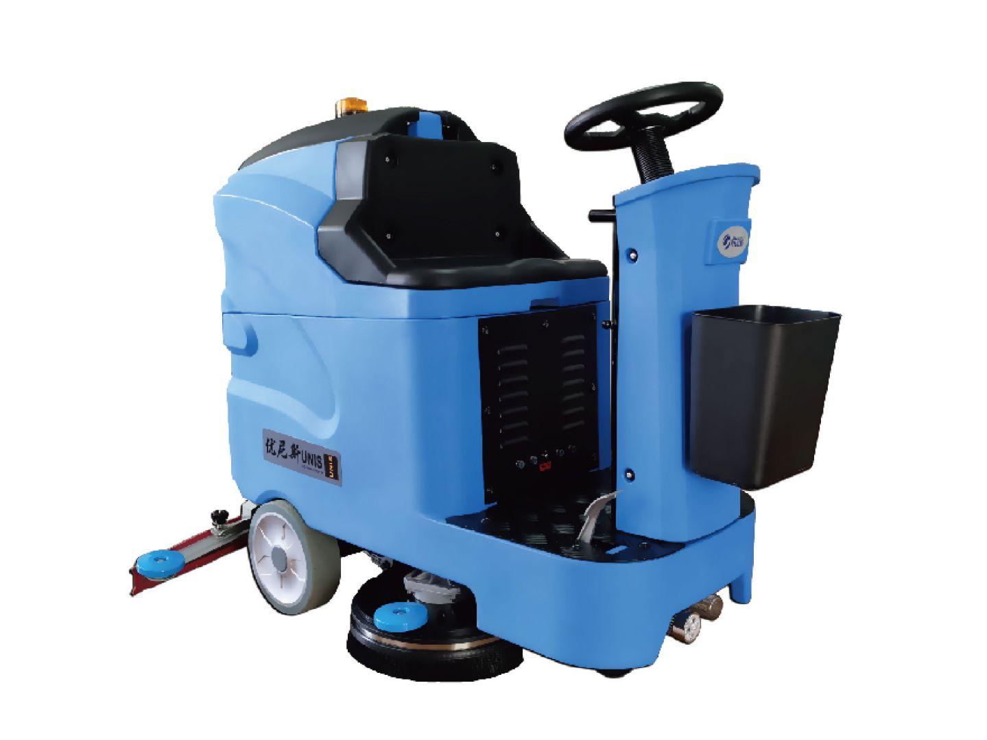 优尼斯W700驾驶式双刷洗地机